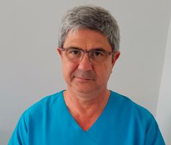 Dr. Tomás Molina