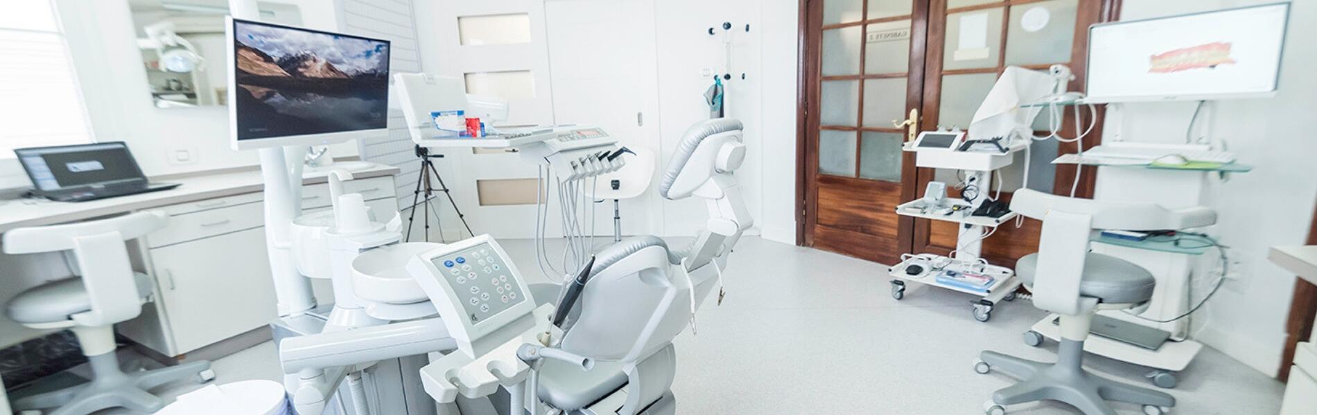Implantología guiada sin cirugía en Tenerife